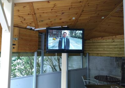 Pub TV in Beer Garden